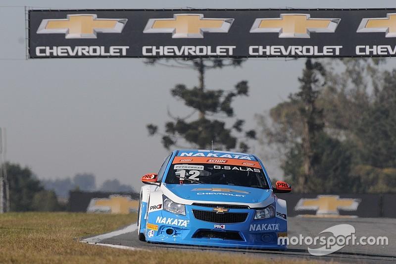 Guilherme Salas faz valer pole position e ganha em Curitiba