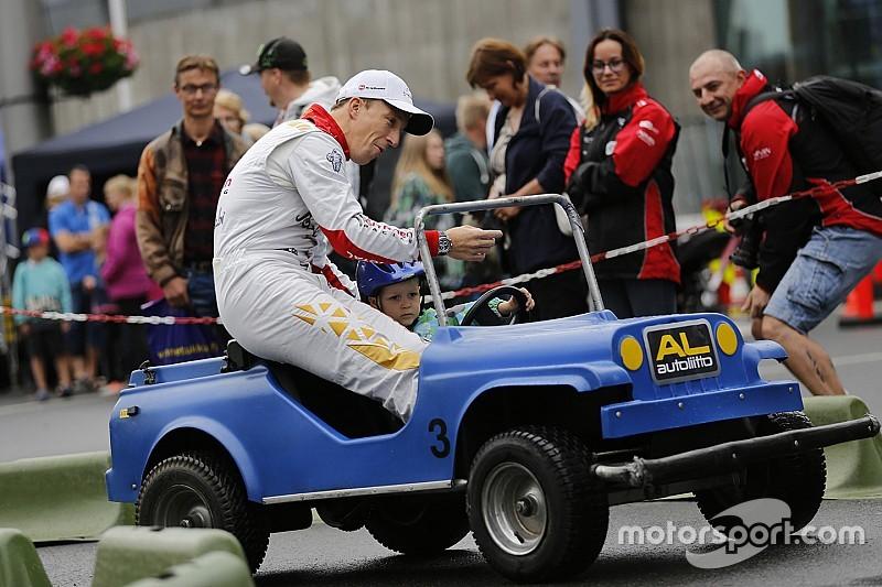 Мик: Нужно приводить машину на финиш