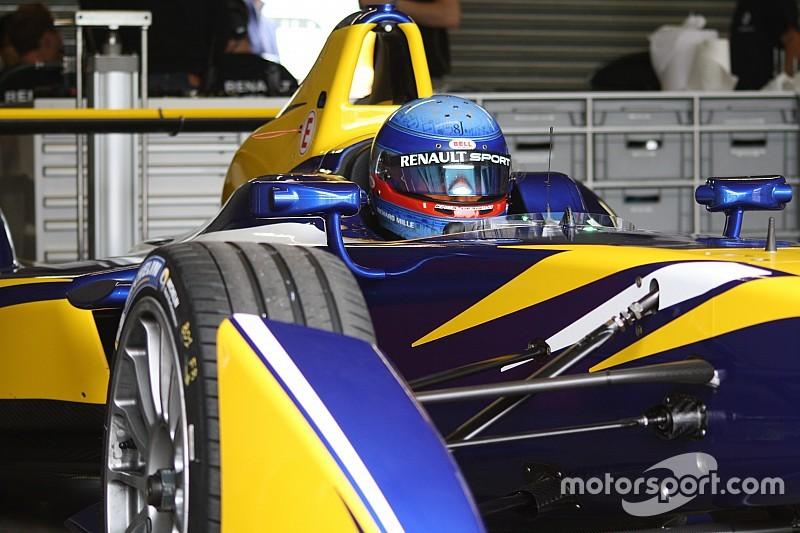 Sébastien Buemi subito davanti tutti a Donington