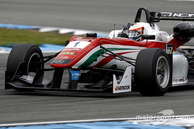 روزينكفيست يفوز بسباق زاندفورت الثاني بعد إعادة الإنطلاق مرتين