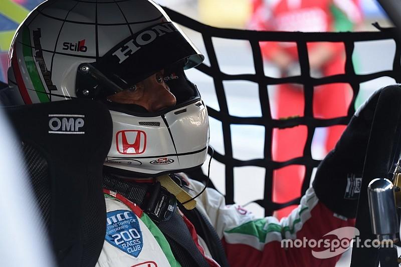 Tarquini lidera el 1-2 de Honda en la primera práctica de Motegi