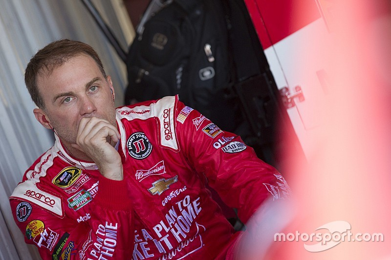 Harvick ready to 'pound JGR into the ground' in the Chase