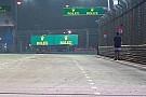 GP de Singapur interrumpido por un fan en pista