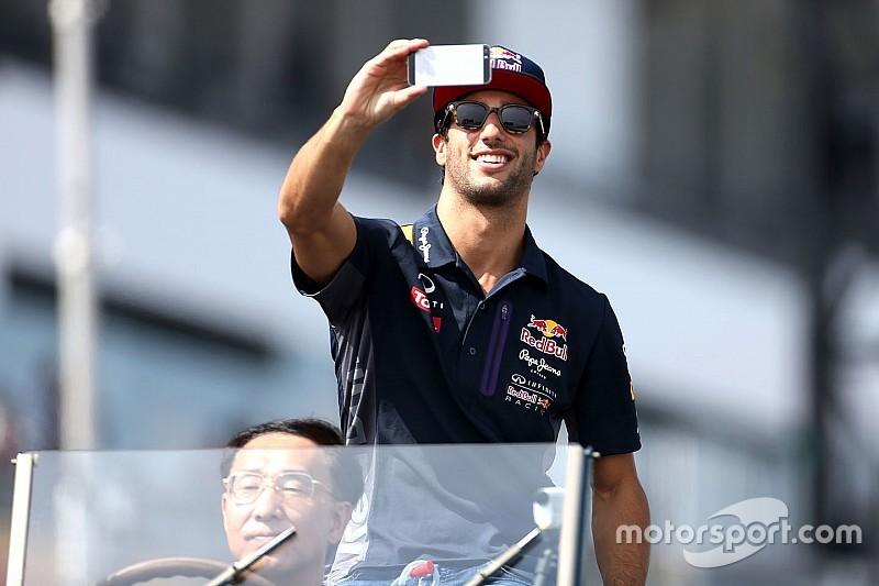 Ricciardo duvida que Red Bull saia da F1
