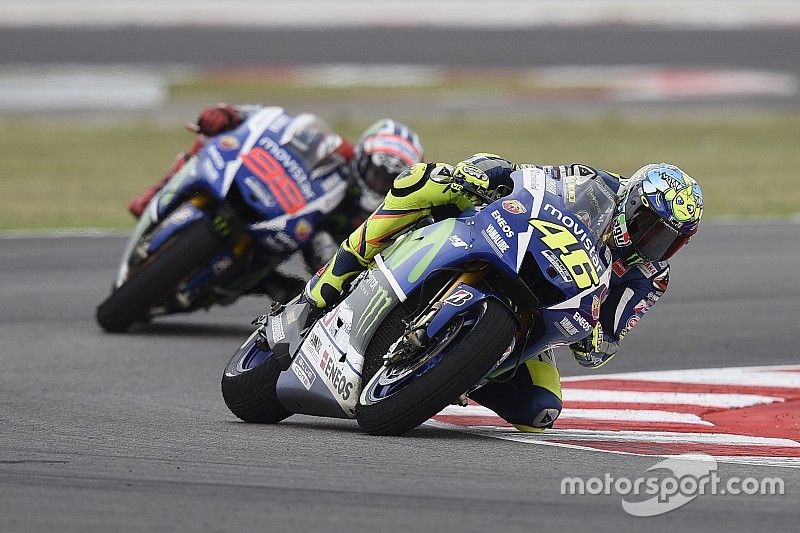 Rossi: Lorenzo's shoulder injury changes nothing