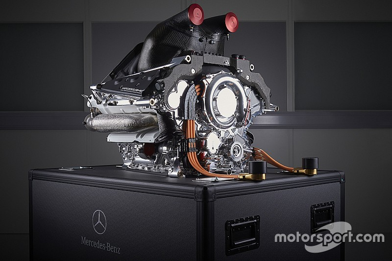 I team clienti Mercedes montano la quarta power unit