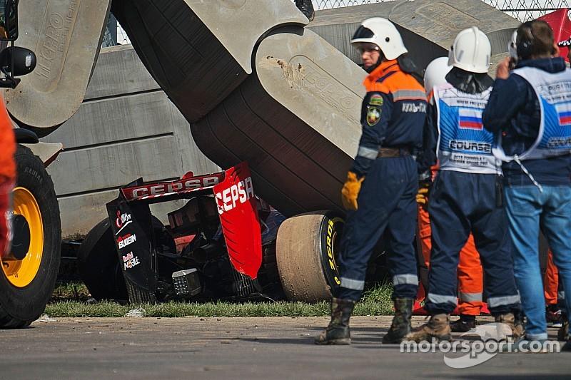 """Vettel pede mudanças em barreiras após acidente """"chocante"""""""