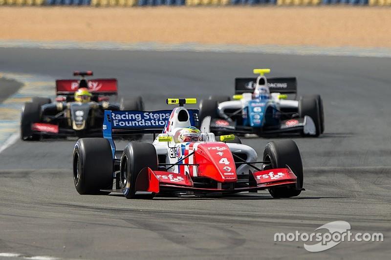 Oliver Rowland rompe el récord de Carlos Sainz