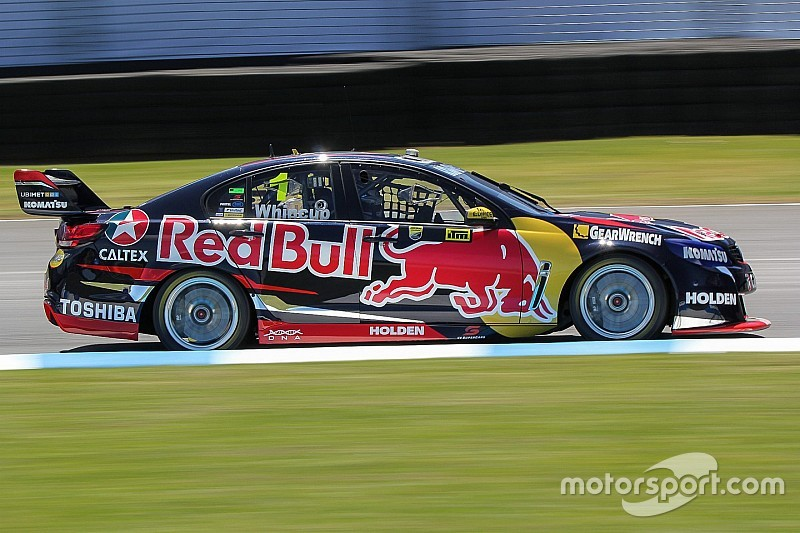 Whincup, Reynolds take pole positions for Auckland sprint races