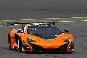 GT Preview Coupe du monde GT à Macao - Kevin Estre au départ