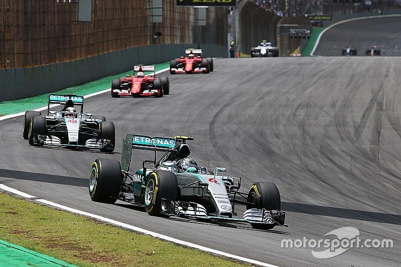 Rosberg wint in Brazilië, punten voor Max