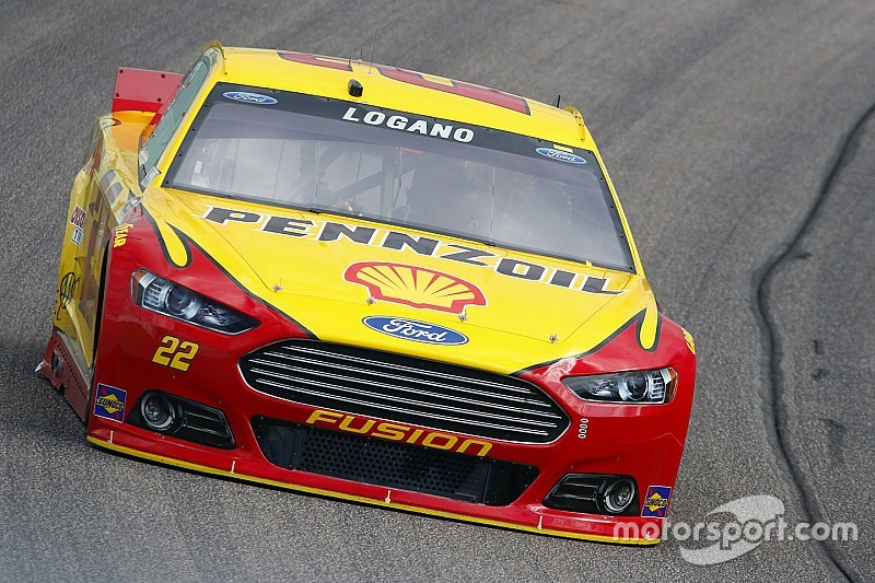 Logano leads Happy Hour, Gordon fastest among title contenders