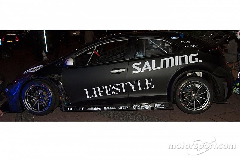 Nuova livrea per la Civic della Nika Racing