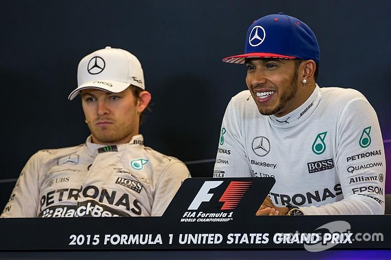 Rosberg: 'Geen scheidingswand in Mercedes pitbox'