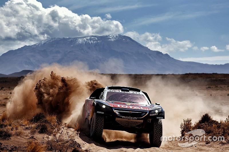 Sainz: 'Al-Attiyah doet nog volop mee om eindzege Dakar'