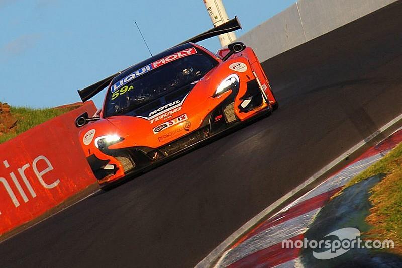 McLaren gewinnt die 12 Stunden von Bathurst 2016