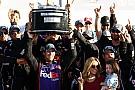 Hamlin se llevó las 500 de Daytona en un gran final