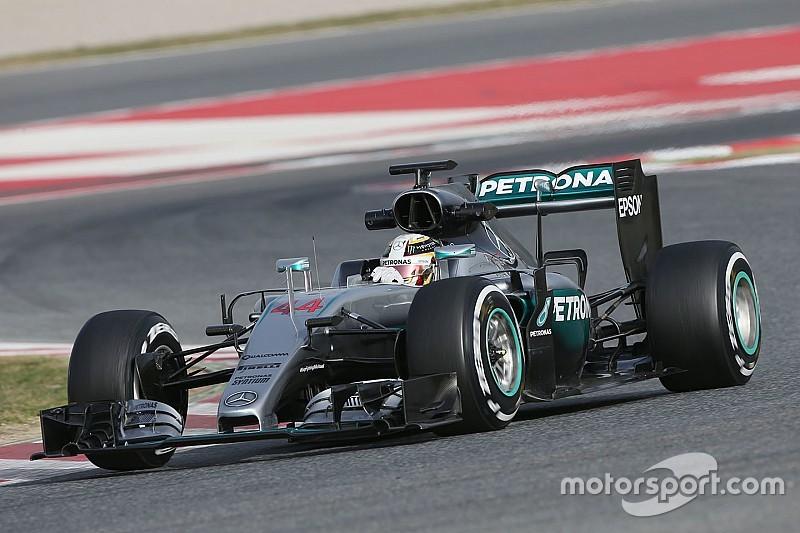 """В Mercedes собираются опробовать """"неожиданные"""" детали"""