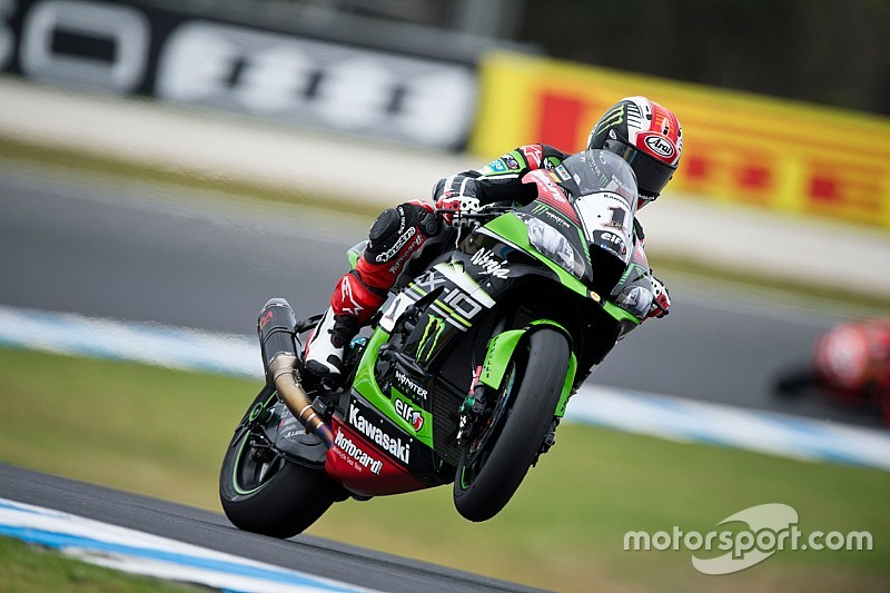 Phillip Island WSBK: Rea beats Davies in thrilling first race of 2016