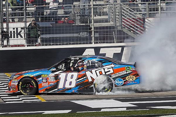 NASCAR XFINITY Com ritmo absoluto, Kyle Busch vence em Atlanta