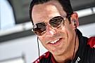 Castroneves melhora recorde de Phoenix e lidera teste da Indy