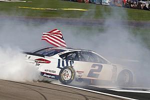 Monster Energy NASCAR Cup Raceverslag Brad Keselowski wint in Las Vegas na straf
