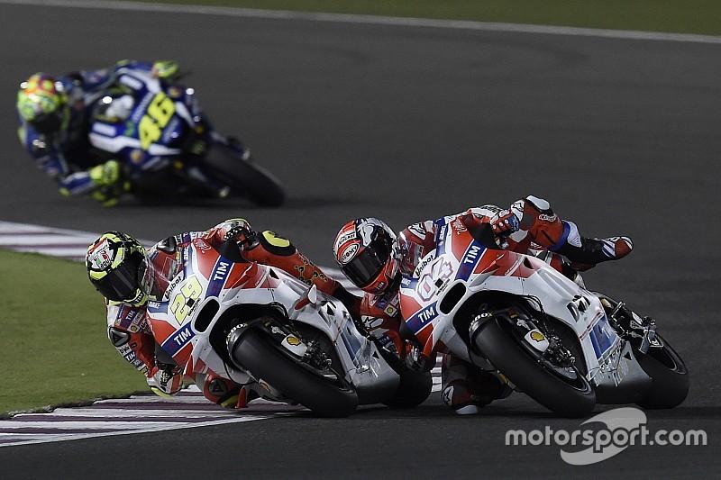 """Rossi: """"Ducati kan meedoen voor de wereldtitel in 2016"""""""
