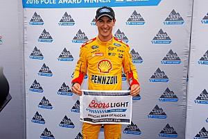 NASCAR Cup Relato de classificação Dominante, Logano conquista pole para prova de Martinsville