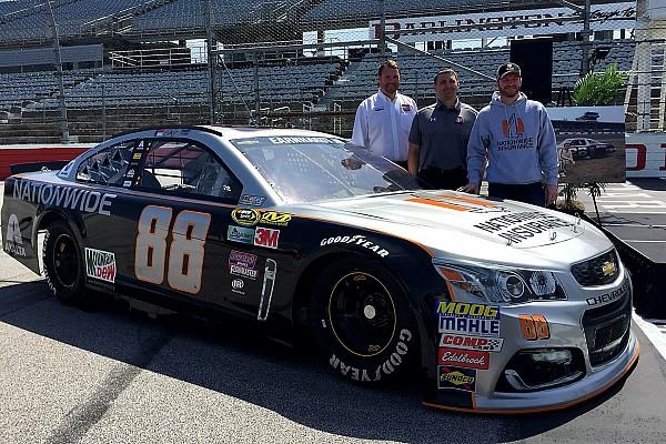 NASCAR Cup Dale Jr. correrá con el que considera el mejor diseño en Darlington