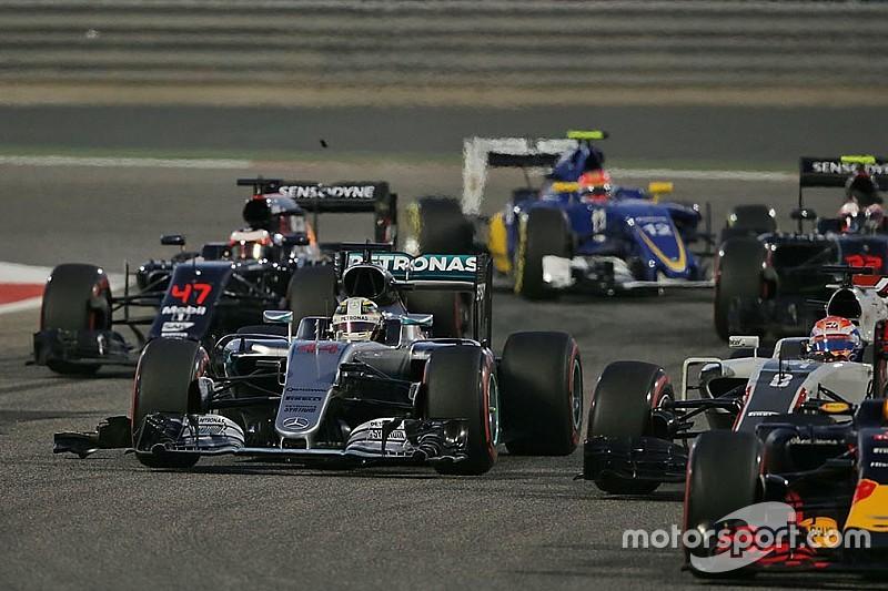 Хэмилтон объяснил неудачный старт в Бахрейне