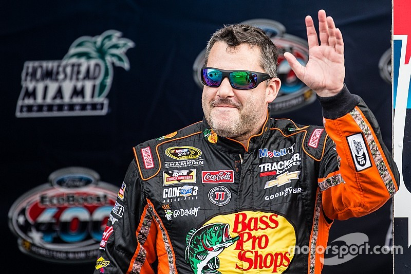 nascar grants tony stewart a chase eligibility waiver