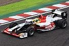 Yamamoto wint seizoensopener, Vandoorne op podium