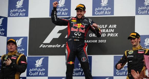 Vettel, Bahreyn'de yeniden zirvede