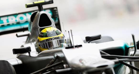 Rosberg yarış hızına odaklanıyor
