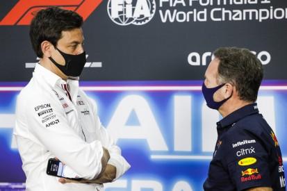 Hamilton deutet an: Fährt Red Bull mit flexiblen Flügeln?