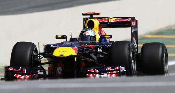 Brezilya Grand Prix 2011 Cumartesi antrenmanları - Vettel lider bitirdi