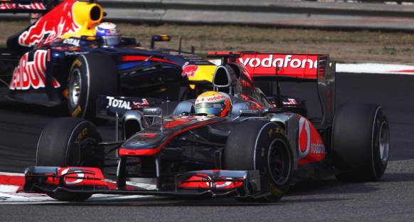 Hamilton Vettel'e dur dedi
