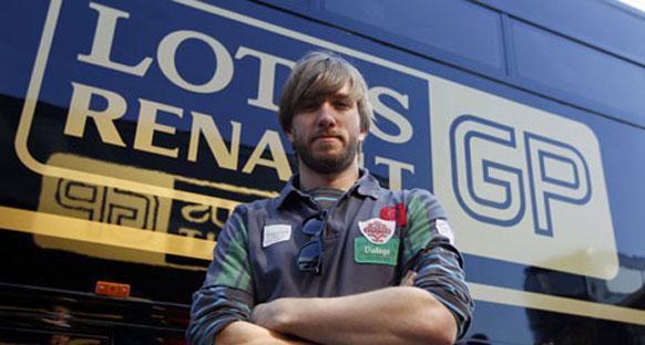 Heidfeld Renault ile bugün piste çıkıyor