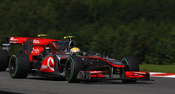 Hamilton Spa galibiyeti ile 'kendinden geçti'
