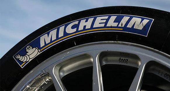 Takımlar sezon bitmeden 2011 lastiklerini test etmeyi umuyor