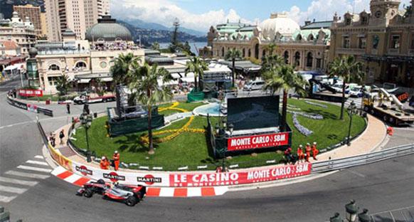 Hamilton: 'Red Bull Monako'da gezinti yaparak kazandı'