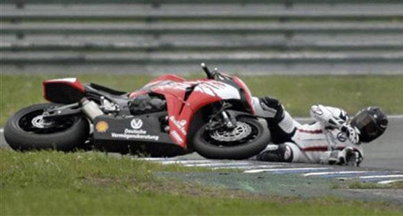 Schumi bu hafta sonu motor yarışına katılacak
