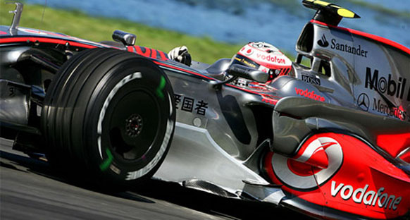 Sakhir'de McLaren, Force India ile yanyana