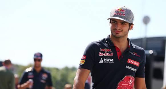 Sainz: 'Toro Rosso'nun ilk beşe girmesine yardım etmeliyim'