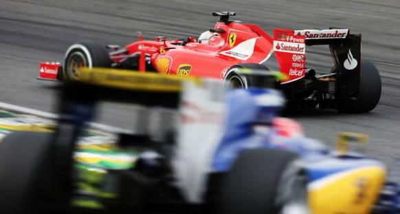 Vettel ve Hamilton Formula 1'de geçişlerin artmasını istiyorlar