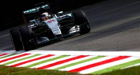 Hamilton: Kazandık çünkü hızlıyız