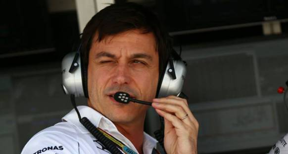 Wolff: Mercedes strateji konusunda esnek olmalı