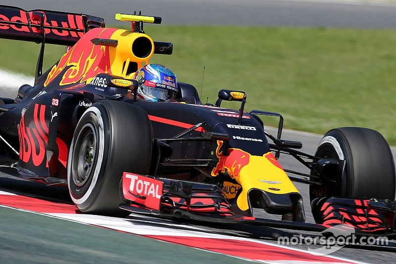 """Verstappen: """"Mi devo ancora abituare alla Red Bull"""""""