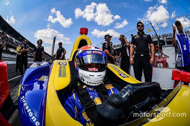 Alexander  Rossi, décimo novato en llevarse la Indy 500