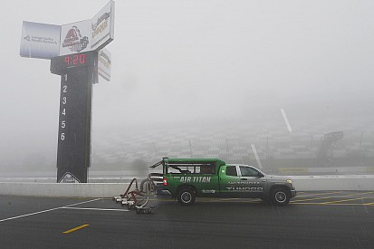 As (más) consequências de um dia de chuva na NASCAR
